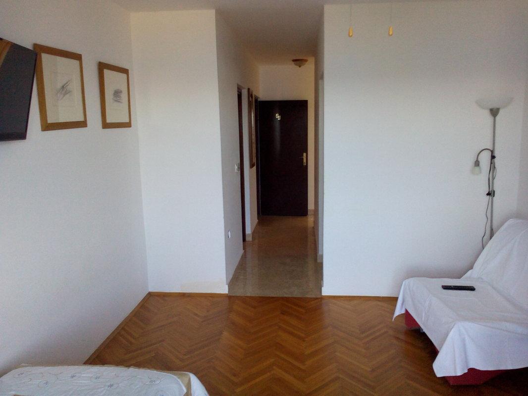Apartment 04 - Laurel